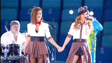 Тату (t.A.T.u.) - Нас не догонят (Not Gonna Get Us) Live @ Sochi 2014 (HD 720p)