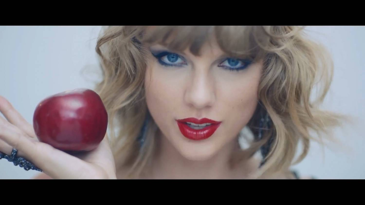 Taylor Swift - Blank Space (2014) HD 1080p