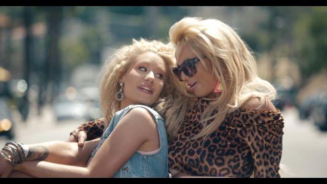Britney Spears, Iggy Azalea - Pretty Girls (2015) HD 1080p